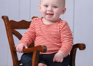 Best Baby Photographer in St Charles for baby girl portraits