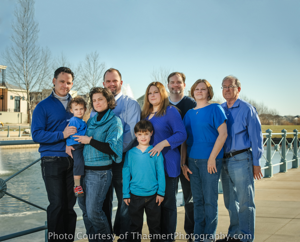 St Charles Family Photographer group shot in New Town