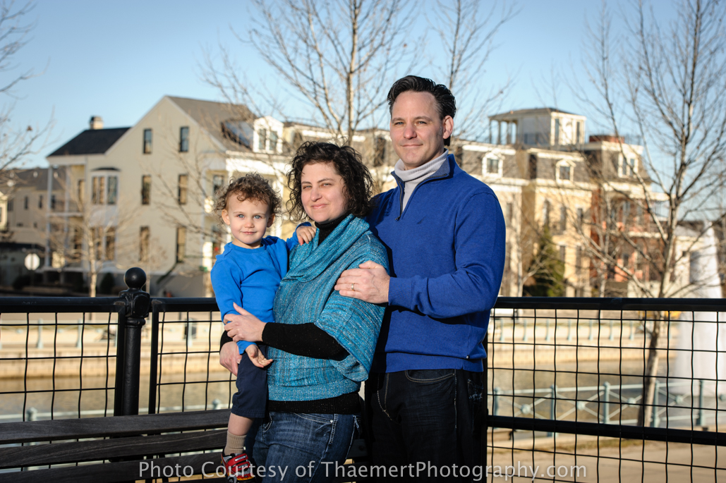 St Charles Family Photographer at the water front