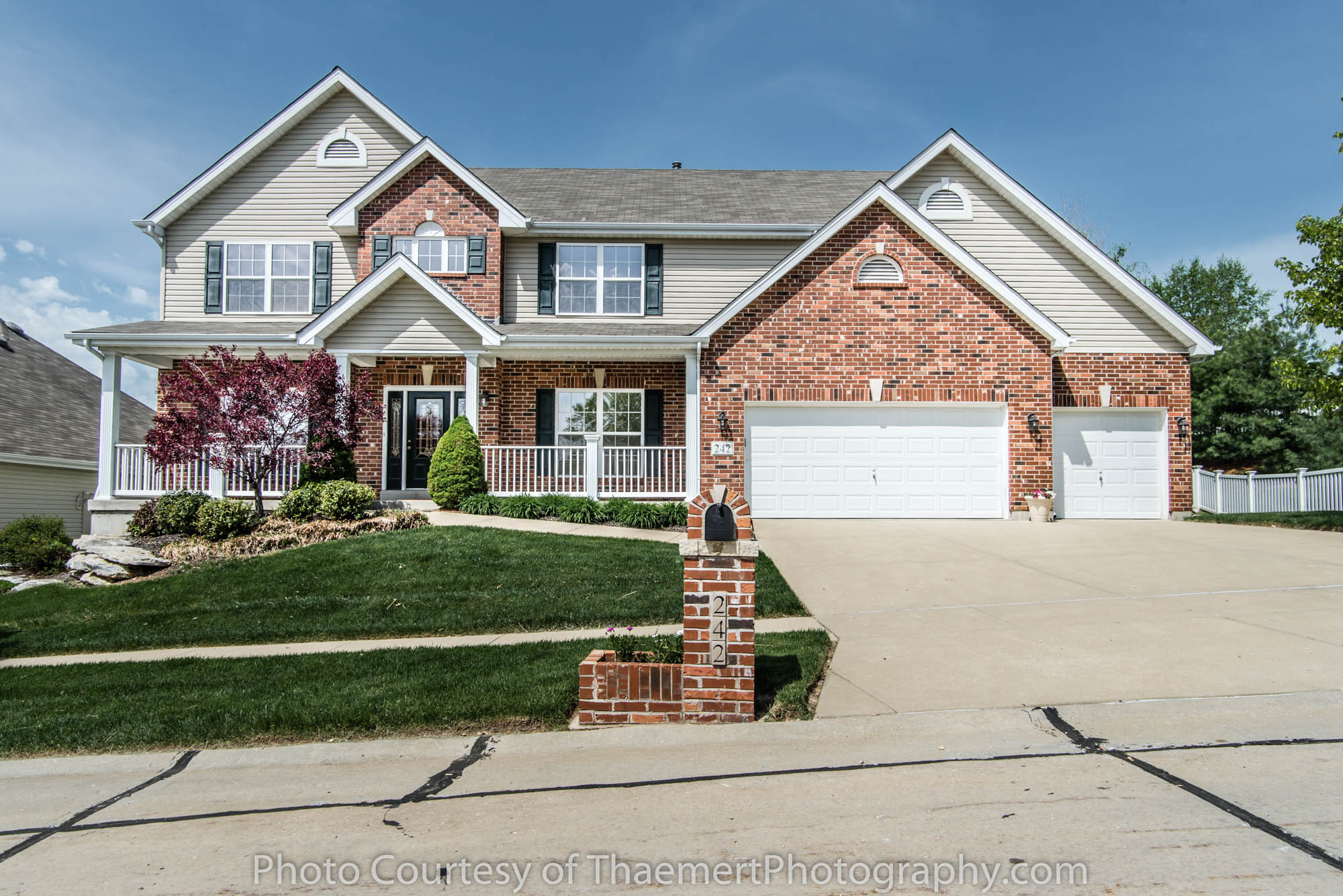 Best Real Estate Photographer in St Charles, Cottleville home