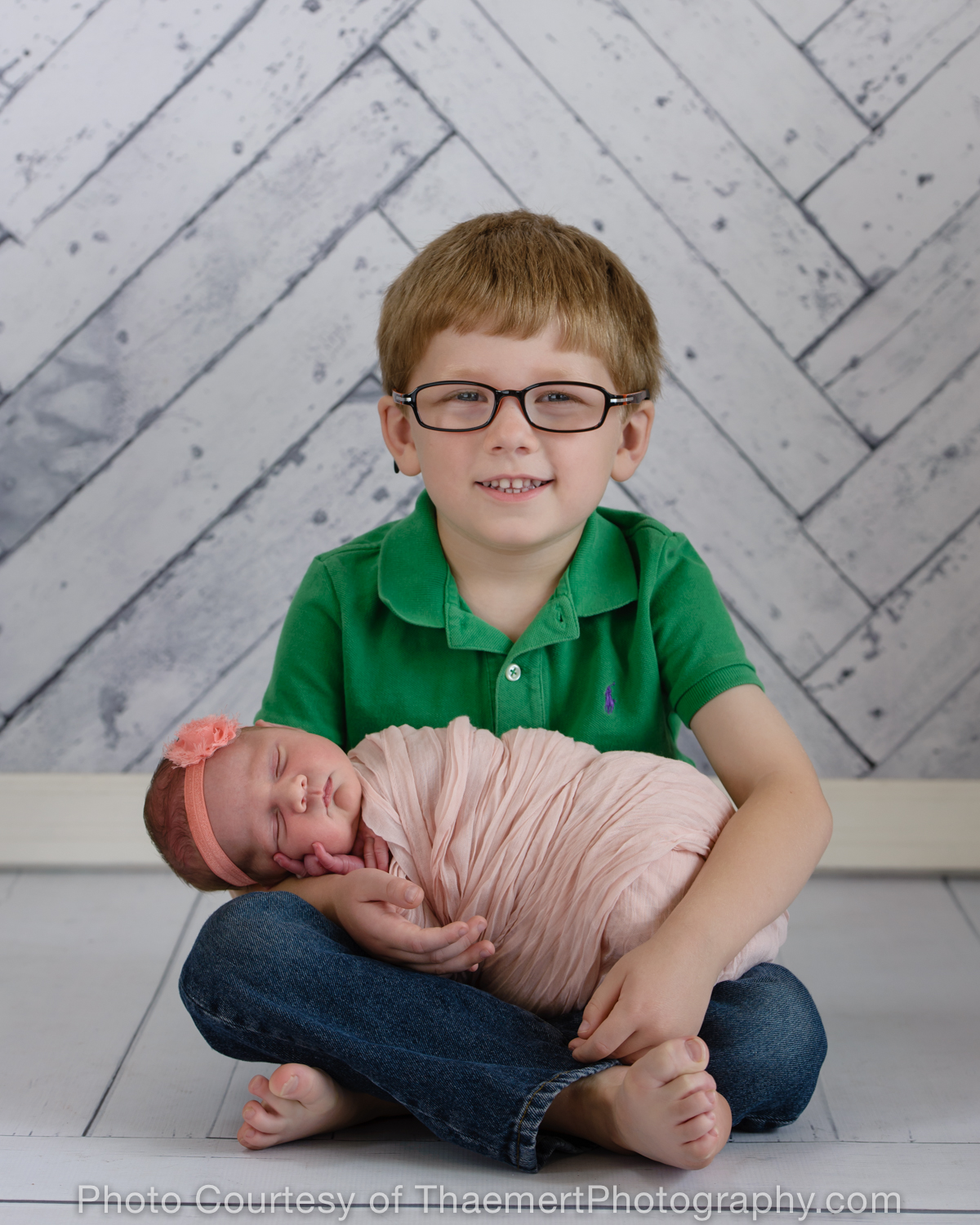 St Charles Newborn Photographer Brother and little Sister