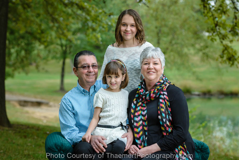St Charles Family Photographer | Grandparents and kids