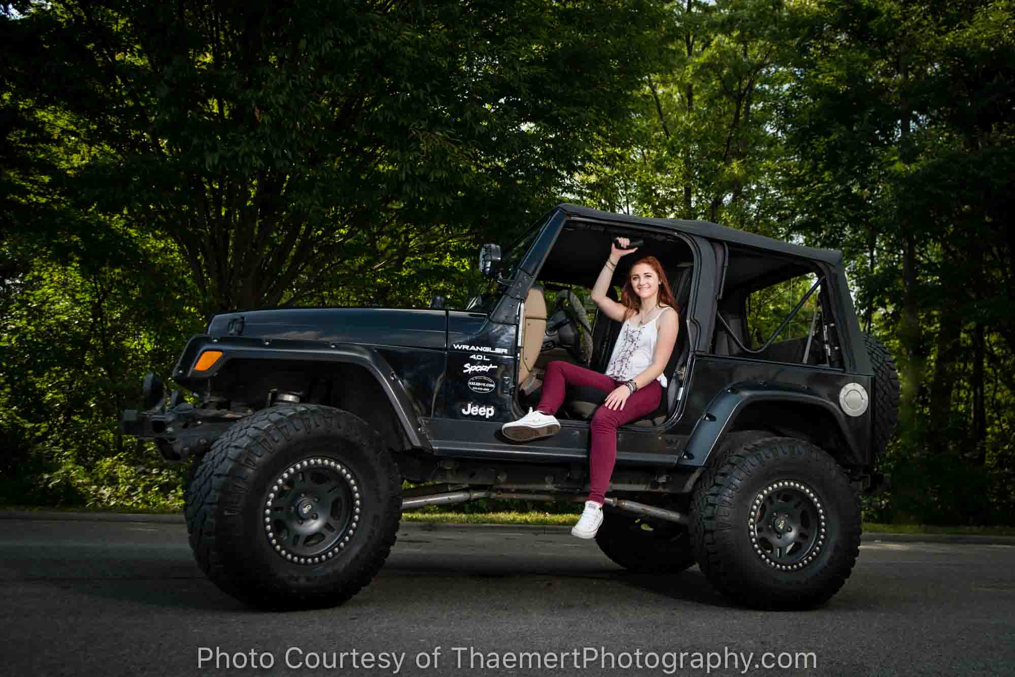 Girl and her Jeep Senior Pictures in St Charles