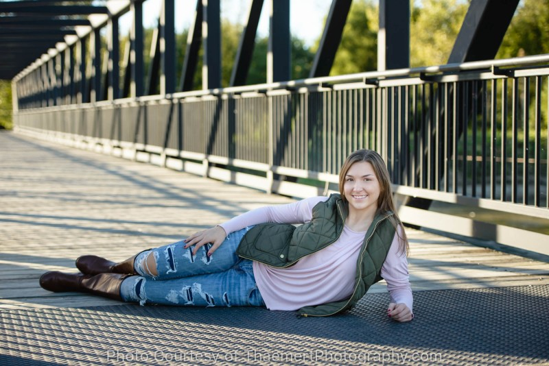 Casual Senior Pictures St Charles