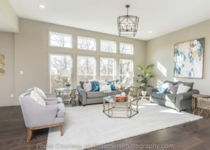 Picture windows, Real Estate, Living Room